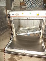 Посудомоечная машина в рабочем  состоянии  б у